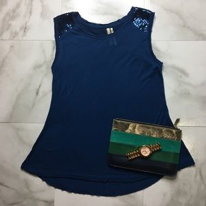 Kische Comfy Blue Sequenced Short Sleeved T-Shirt
